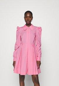 Custommade - LUCY - Paitamekko - fuchsia pink - 0