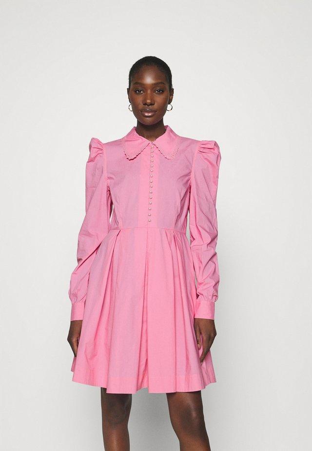 LUCY - Blousejurk - fuchsia pink