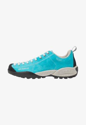 MOJITO UNISEX - Hiking shoes - azure fluo