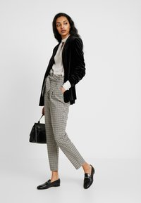 Dorothy Perkins Tall - Blazer - black - 1