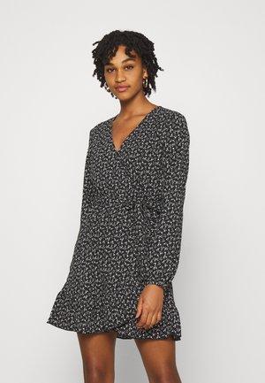 JDYSORO WRAP DRESS - Day dress - black/creme