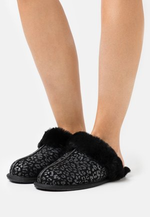 SCUFFETTE - Slippers - black
