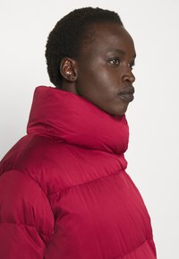 WEEKEND MaxMara - AVOLA - Down jacket - bordeaux - 3