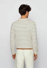 BOSS - Sweatshirt - beige - 2