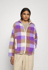 Monki - GAIA - Summer jacket - purple/beige - 0