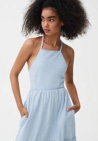 PULL&BEAR - Denim dress - light blue - 3