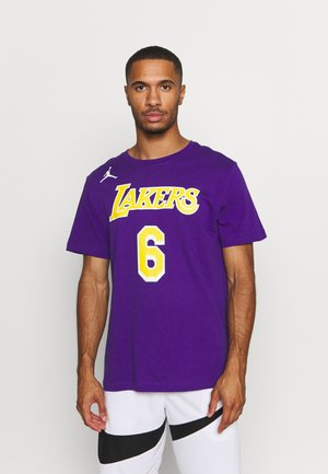 NBA LEBRON JAMES LOS ANGELES LAKERS STATEMENT NAME & NUMBER TEE - Club wear - court purple