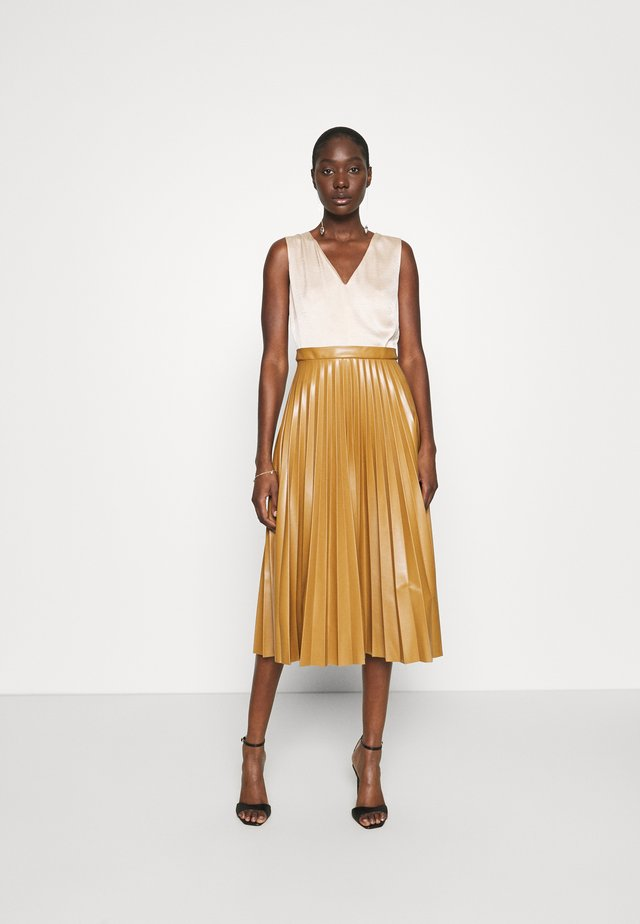 PLEATED SKIRT DRESS - Day dress - beige