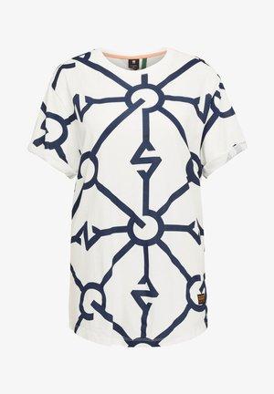 LASH FEM DIAMOND LINE ALLOVER LOOSE - Print T-shirt - milk/servant blue