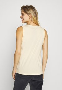 Patagonia - ROOT REVOLUTION MUSCLE TEE - Toppe - vela peach - 2