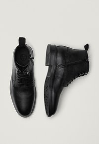 Massimo Dutti - Lace-up boots - black - 1