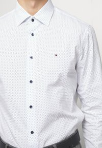 Tommy Hilfiger Tailored - DOT PRINT CLASSIC - Shirt - white - 5