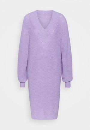 PILOT - Abito in maglia - lilac