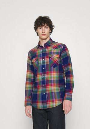 CLASSIC FIT MADRAS WESTERN SHIRT - Shirt - blue/green