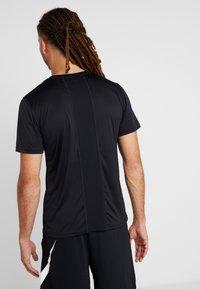 ODLO - CREW NECK CERAMICOOL ELEMENT - Basic T-shirt - black - 2