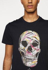 PS Paul Smith - MENS SLIM FIT SKULL - T-shirts print - dark blue - 5