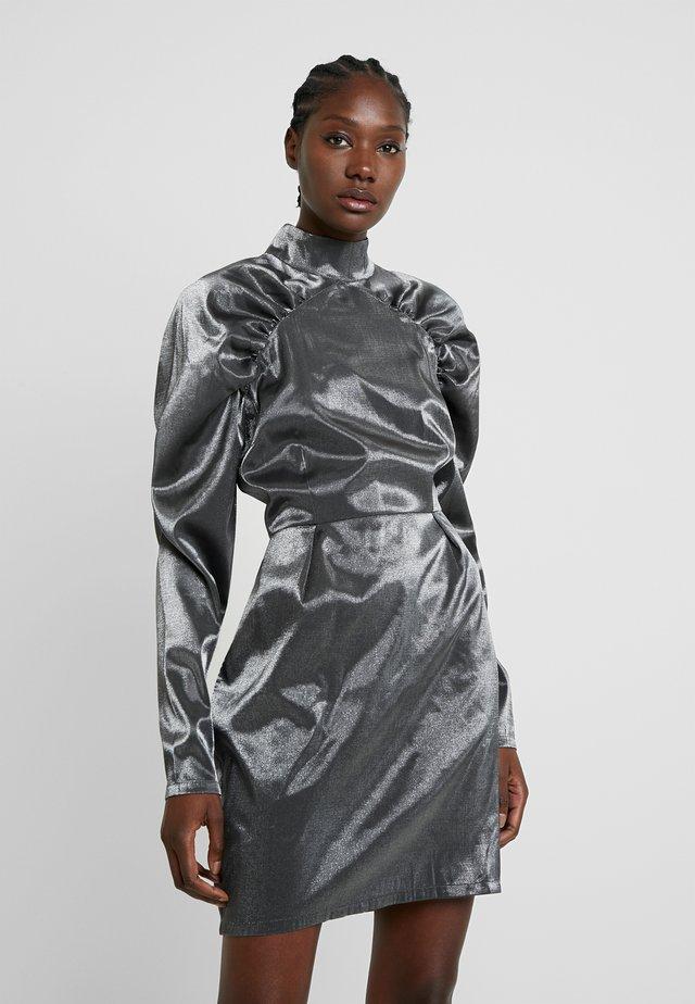 MARGRETT - Juhlamekko - grey silver