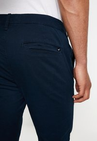 Hollister Co. - Chino - navy - 4