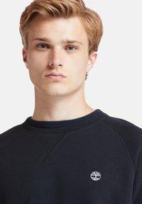Timberland - EXETER RIVER BRUSHED BACK - Sweatshirt - black - 4