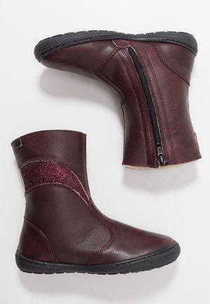 Vysoká obuv - bordo