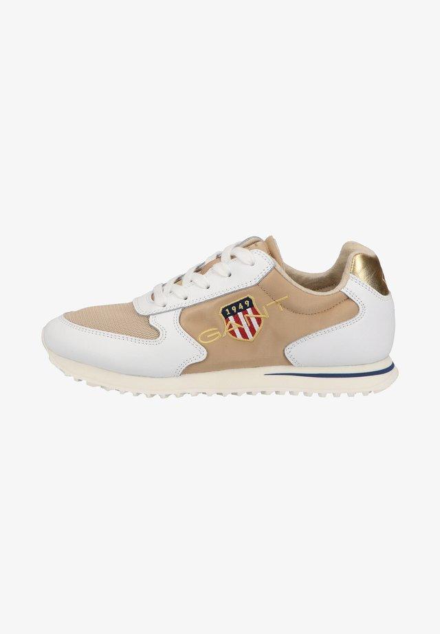 Baskets basses - beige/white