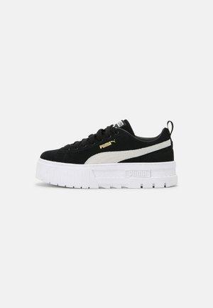 MAYZE  - Sneakers laag - black/white