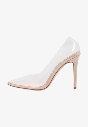 ELDA - Zapatos altos - clear/nude