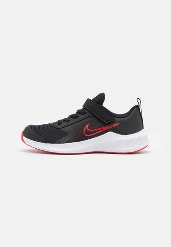 DOWNSHIFTER 11 UNISEX - Neutral running shoes - black/universe red/dark smoke grey/white