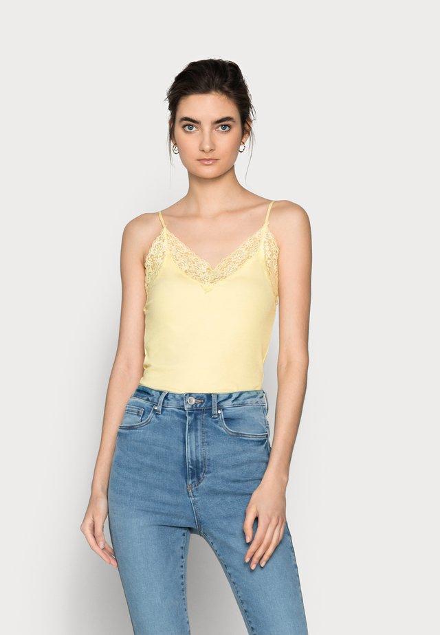 SLFMIO SINGLET  - Top - pastel yellow