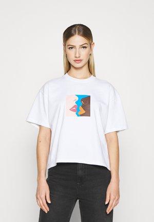 HERS - Print T-shirt - white