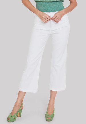 RIGHT ON - Flared Jeans - white