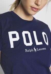 Polo Ralph Lauren - Camiseta estampada - holiday navy - 4