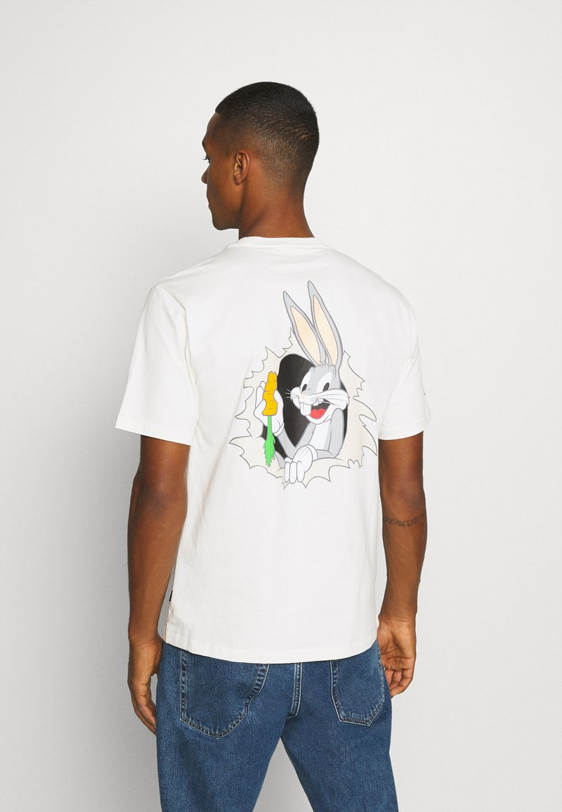 Converse - BUGS BUNNY FASHION TEE - Print T-shirt - egret
