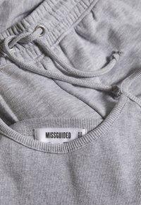 Missguided - JOGGER BRALET SET - Tracksuit bottoms - grey marl - 2