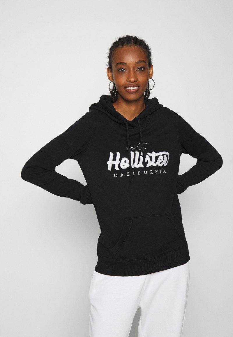 Hollister Co. - TECH CORE - Sweat à capuche - black