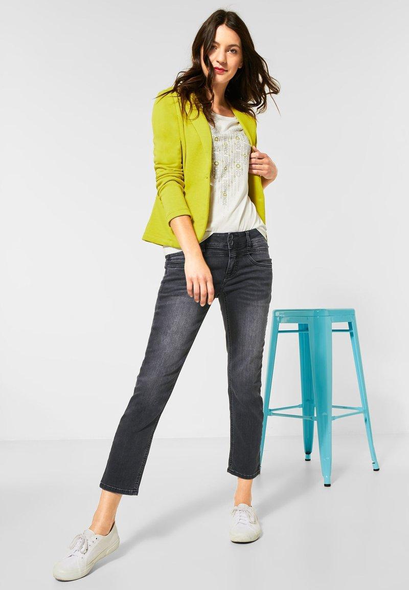 Street One - STRAIGHT LEG - Slim fit jeans - schwarz