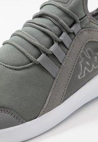Kappa - SEAVE - Zapatillas de entrenamiento - grey/white - 5