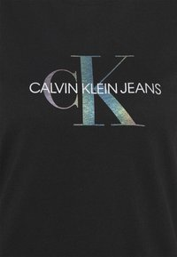 Calvin Klein Jeans - REFLECTIVE MONOGRAM TEE - Printtipaita - black - 5