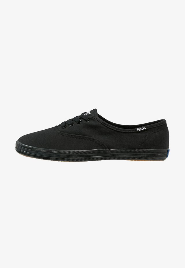 CHAMPION - Zapatillas - black