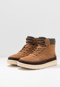 UGG - HIGHLAND SPORT - Lace-up ankle boots - chestnut - 2