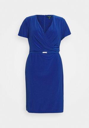 ALEXIE SHORT SLEEVE DAY DRESS - Shift dress - summer sapphire