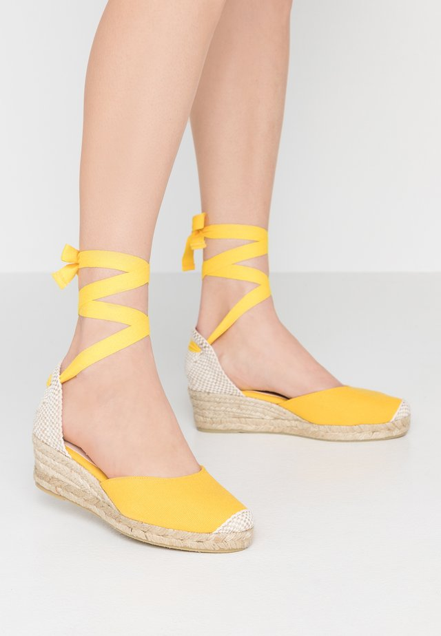 MINI - Lace-up heels - yellow