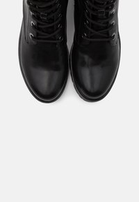 Tamaris - WOMS  - Lace-up ankle boots - black - 5