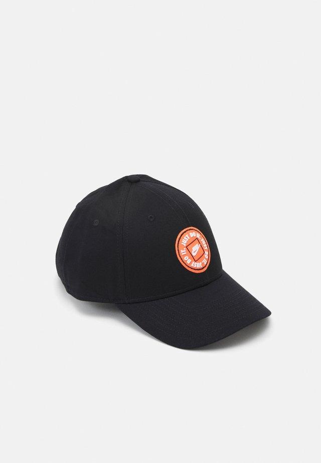 TECH UNISEX - Cap - black