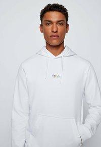 BOSS - Sweatshirt - white - 3