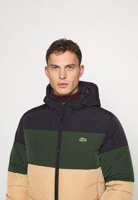 Lacoste - Down jacket - viennese/viennese-sinople-abysm - 3