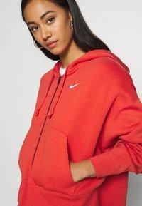 Nike Sportswear - TREND - Sudadera con cremallera - mantra orange/white - 4