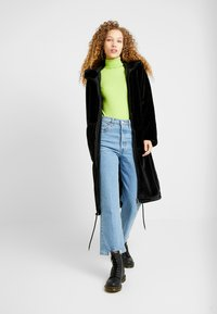 Monki - JONNA COAT - Vinterjakke - black dark - 1