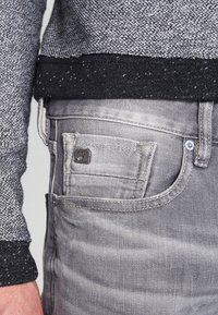 Scotch & Soda - STONE AND SAND - Slim fit jeans - cement melange - 3