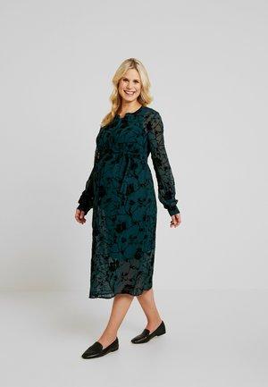 MLTRICIA LIA MIDI DRESS - Shirt dress - ponderosa pine/black flock